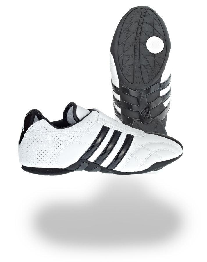 Adidas Schuhe Adilux Sneakers oder Kampfsportschuh